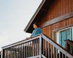 Comment faire une terrasse en bois dans son chalet ?
